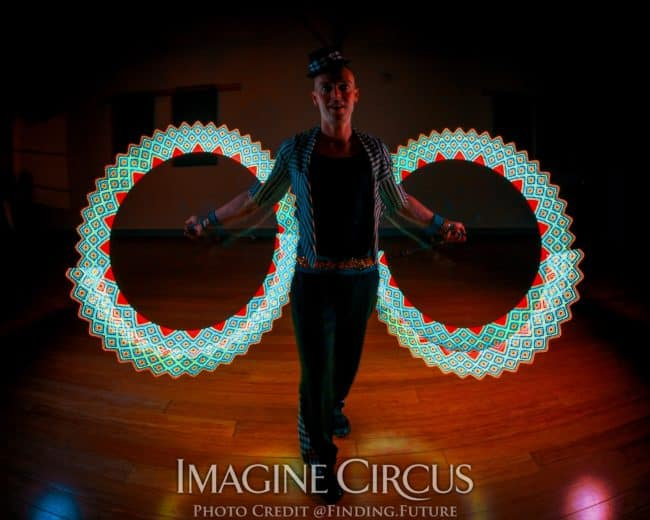 LED Performer, Pixel Poi, Performer, Adam, Imagine Circus, Photo by Finding Future
