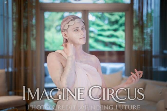 Living Greek Statue, Human Roman Statue, Azul, Grand Rapids, MI, Imagine Circus Performers, Photo by Finding Future