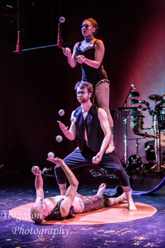 Light Pours In | Jugglers | Acrobatic Performance | Partner Acro | Imagine Circus | Cirque | Raleigh, NC