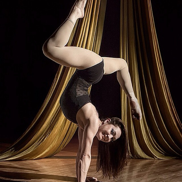 Brittany | Acrobatic Performance | Hand Balancing | Handstand | Contortionist | Imagine Circus | Cirque | Raleigh, NC
