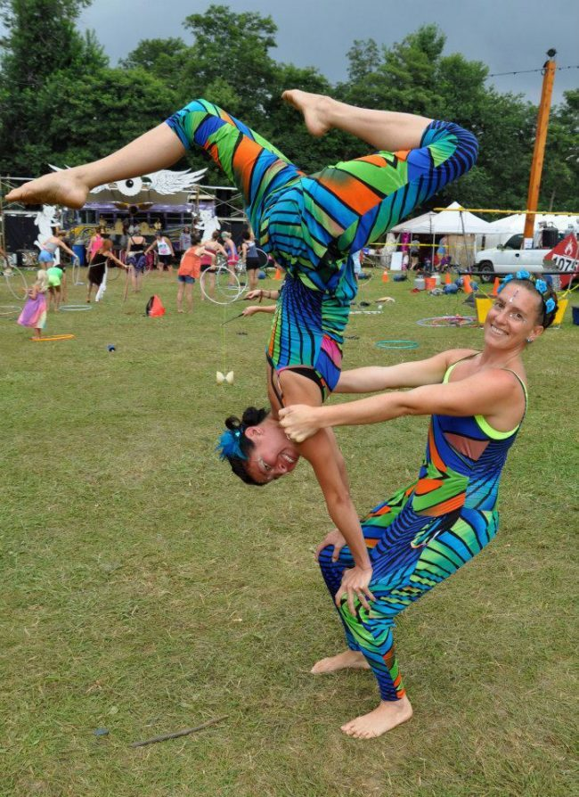 Kaci | Katie | Acrobatic Performance | Partner Acro | Duo | Floyd Fest | Imagine Circus | Cirque | Raleigh, NC