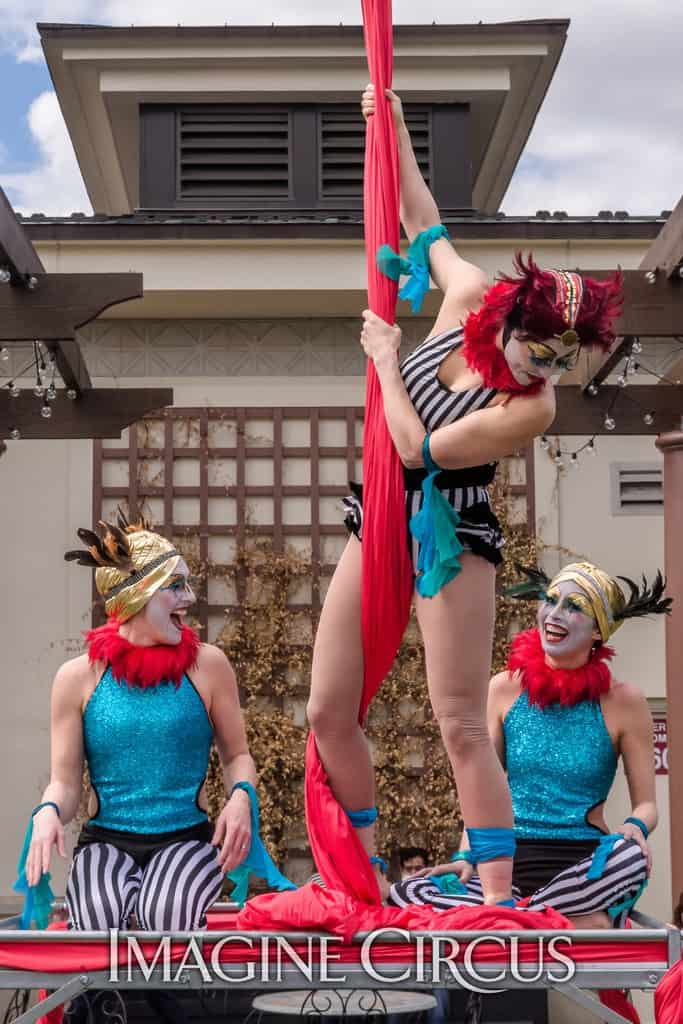Katie, Liz Bliss & Kaci | Imagine Circus | North Hills | Photo by Slater Mapp