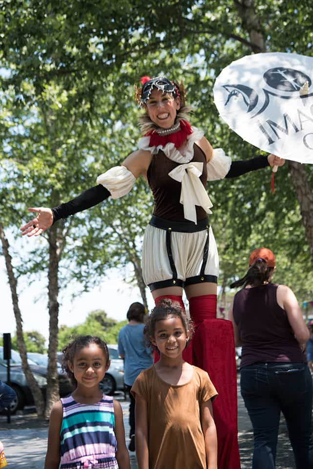 Stilt Walkers at NCMA Renaissance Faire | Katie & Liz | Imagine Circus | Raleigh, NC | Photo(s) courtesy of NC Museum of Art, K. Malinofski photographer