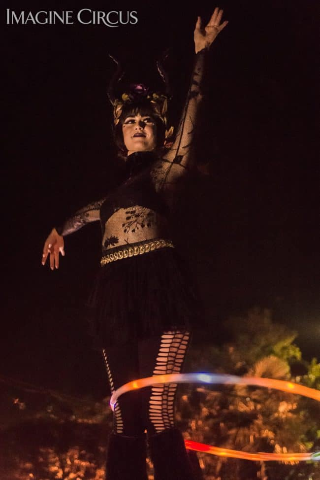 Mindy, LED Hoop, Imagine Circus, Mulino, Photo by Slater Mapp