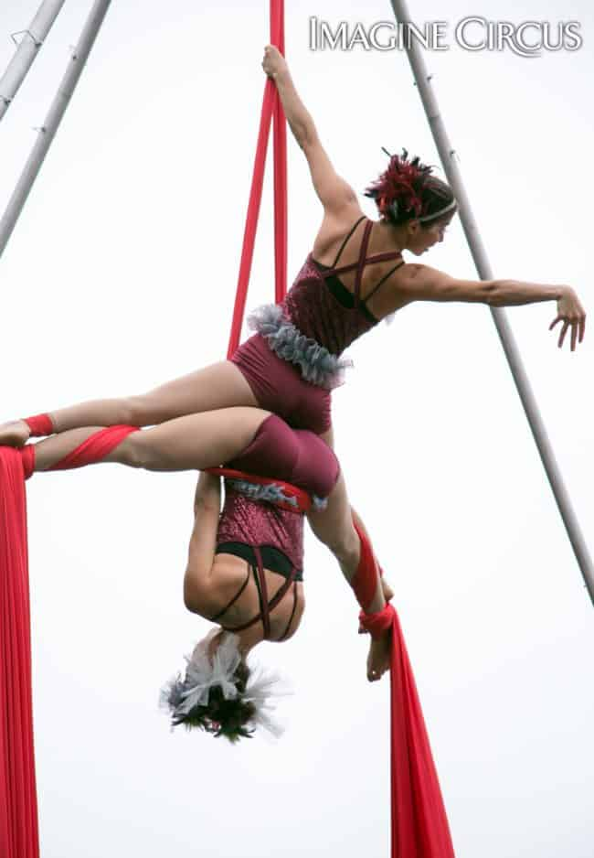 Kaci & Liz Bliss, Partner Aerial Silks Duo, Mum Fest, Imagine Circus, Photographer Jeanne Julian