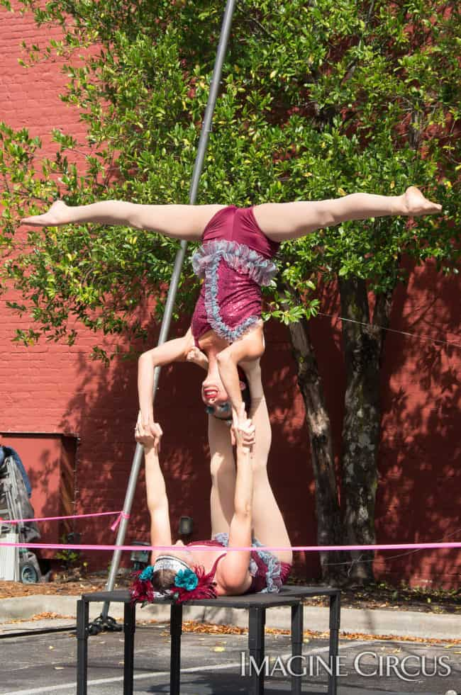Kaci & Katie, Partner Acro Duo, Mum Fest, Imagine Circus, Photographer Charles Lytton