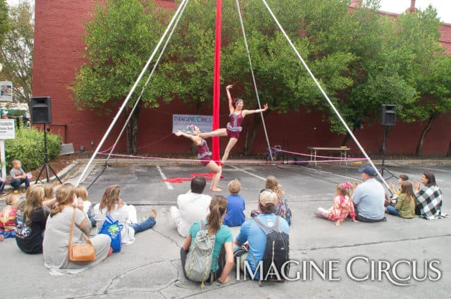 Kaci & Liz Bliss, Partner Acro Duo, Mum Fest, Imagine Circus, Photographer Charles Lytton