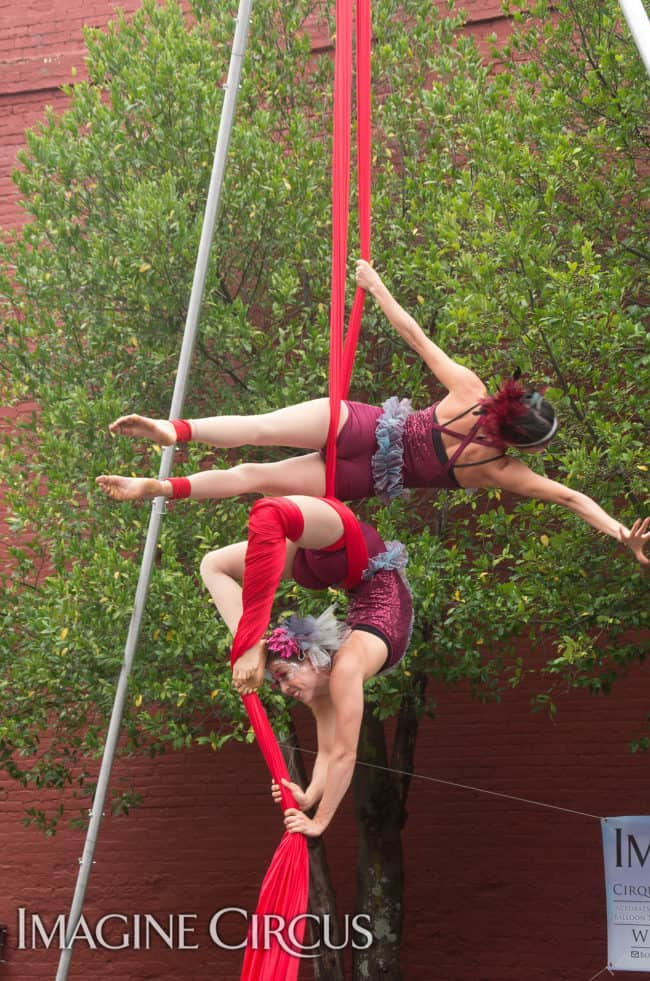 Kaci & Liz Bliss, Partner Aerial Silks Duo, Mum Fest, Imagine Circus, Photographer Charles Lytton