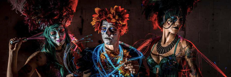 Imagine Circus Performers at Vapers Carnivale, Raleigh, NC | Photo by Finding Future