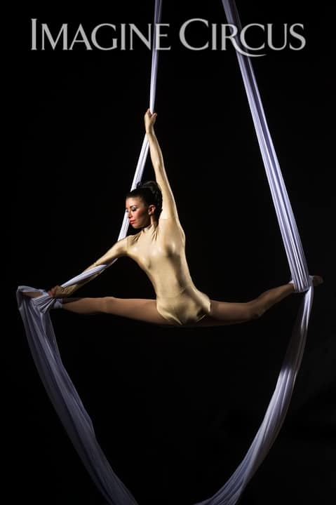 Aerial Silks, Aerialist, Upscale Entertainment, Imagine Circus, Performer, Kaci, Photo by Brooke Meyer