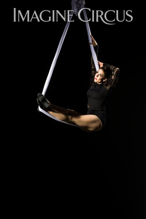 Aerial Silks, Hammock, Aerialist, Upscale Entertainment, Imagine Circus, Performer, Liz, Photo by Brooke Meyer