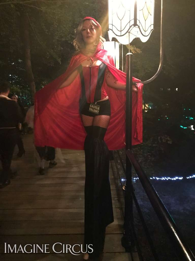 Castle Mcculloch Halloween 2018 Pictures.Halloween Stilt Walkers Party Entertainment In Nc Imaginecircus Com