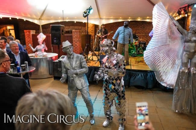 Mirror Man, Living Statue, Silver Stilt Walker, Classy Art, Imagine Circus, Dustin, Tain, Adrenaline, Photo by the Nixons Photography