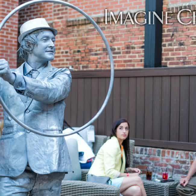 Silver Hoop Performer, Living Statue, Classy Art, Imagine Circus, Dustin, Photo by the Nixons Photography
