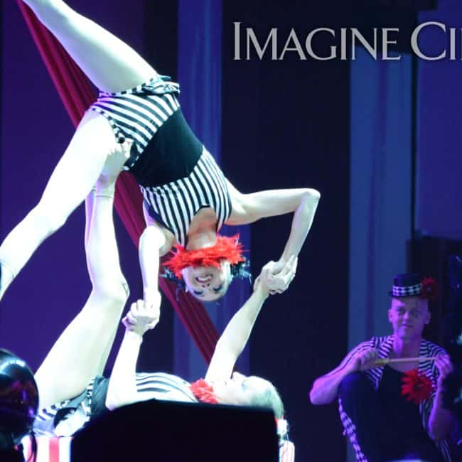 Acrobats, Stage Show, Harrahs Casino, Cherokee, NC, Imagine Circus, Performers, Kaci, Katie, Photo by Susan Dipert Scott