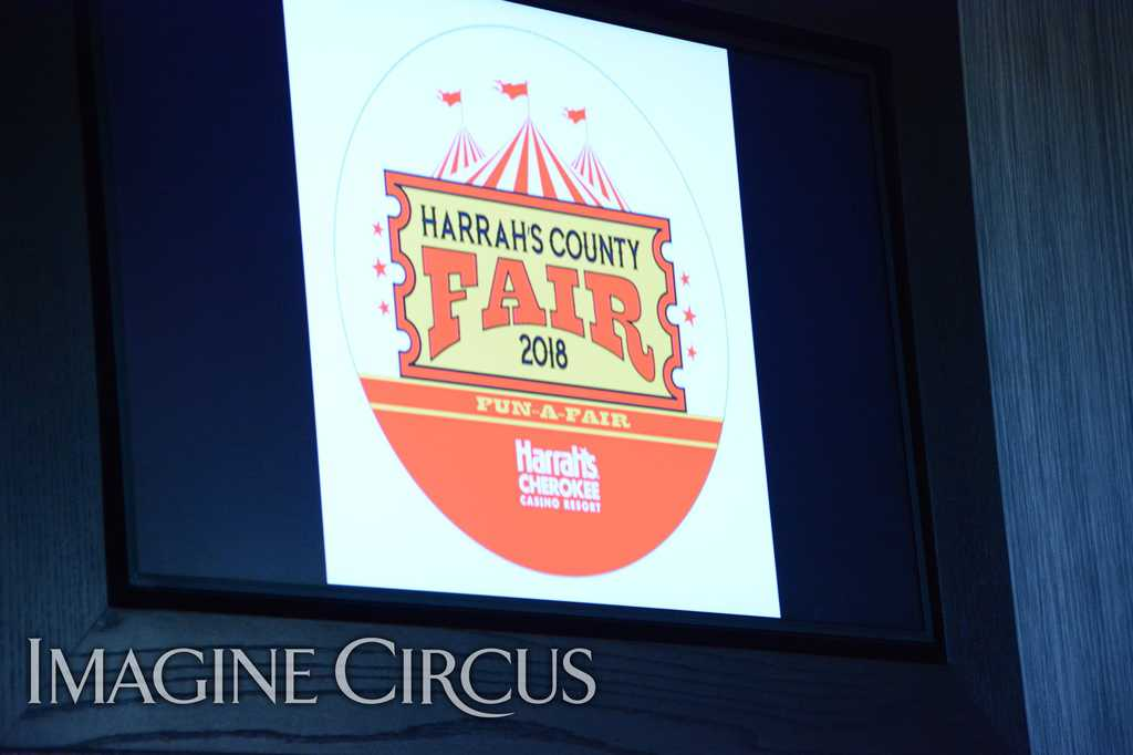 Circus Stage Show, Harrahs Casino, Cherokee, NC, Imagine Circus, Photo by Susan Dipert Scott