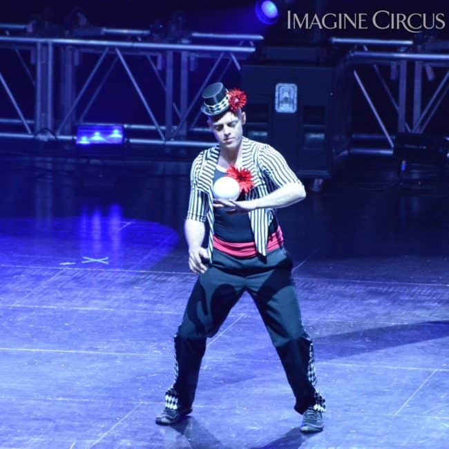 Contact Juggling, Harrah's Casino, Cherokee, NC, Imagine Circus, Adam, Photo by Susan Dipert Scott