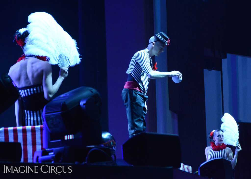 Contact Juggling, Feather Fans, Stage Show, Harrahs Casino, Cherokee, NC, Imagine Circus, Performers, Adam, Katie, Kaci, Photo by Susan Dipert Scott