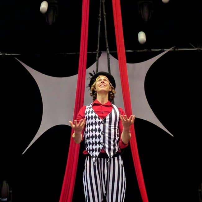Juggler, Imagine Circus, Time With Tain, Performer