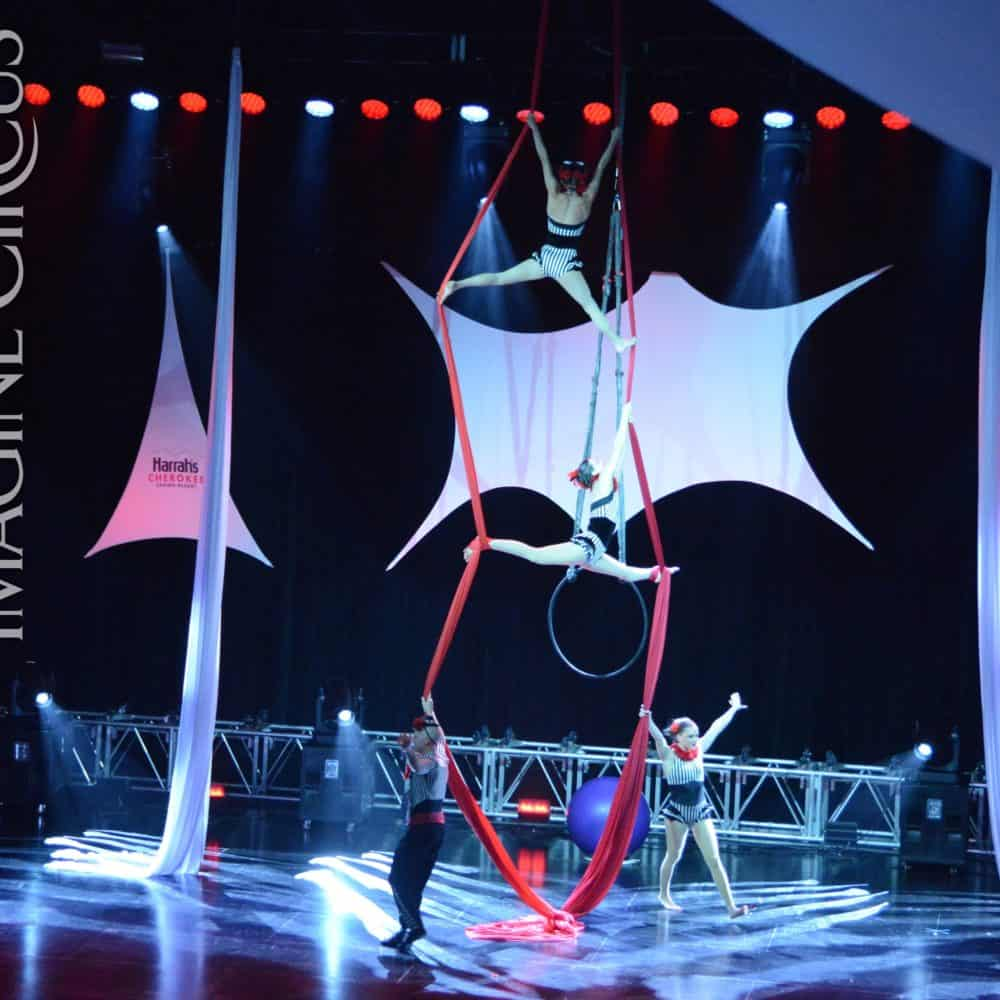 Partner Aerial Silks, Stage Show, Harrahs Casino, Cherokee, NC, Imagine Circus, Performers, Kaci, Liz, Adam, Katie, Photo by Susan Dipert Scott