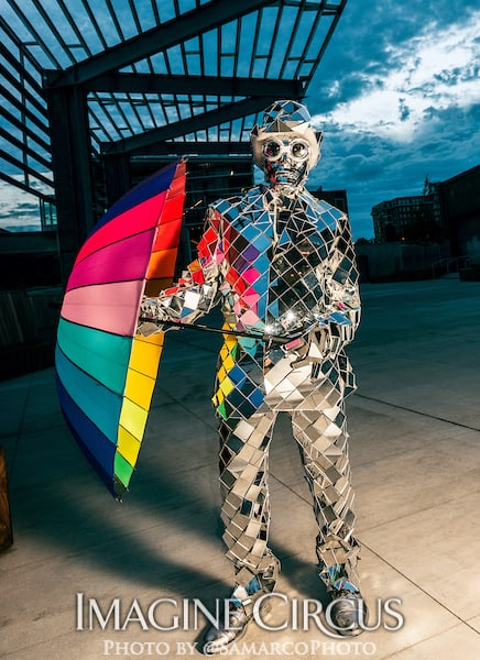 Mirror Man, Imagine Circus, Walter Magazine, Photo by Gus Samarco