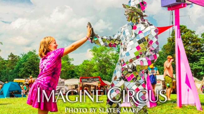 Mirror Man, Living Statue, Floyd Fest, Music Festival, Imagine Circus, Photo by Slater Mapp