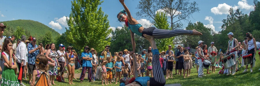 LEAF Blog Feature Image, Imagine Circus, Acrobats, Performance