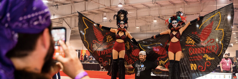 Vapers Carnival Blog Feature Image, Imagine Circus Performers